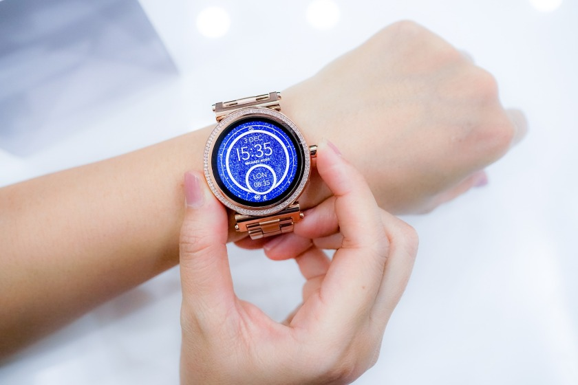 watch-2996385_1920
